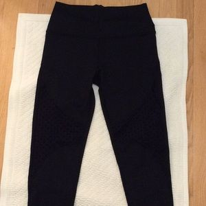 Aerie High Waist Mesh Dot Leggings. NWOT.